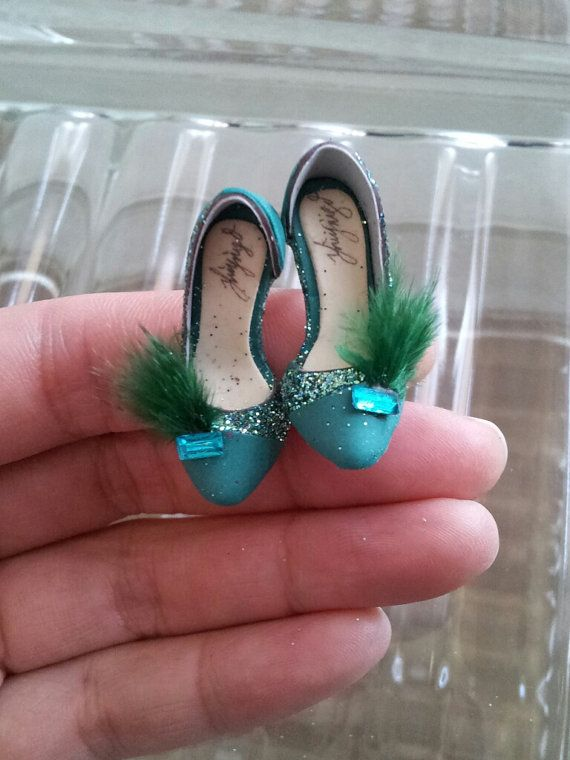 handmade collectable miniature shoes by YinyingO on Etsy, $38.00