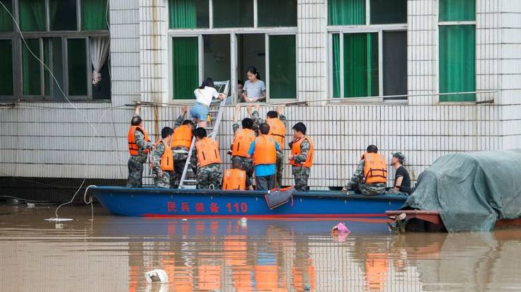 [CNN Greece]: Κίνα: Οι σφοδρές βροχοπτώσεις στην επαρχία Χουνάν έχουν επηρεάσει την ζωή 12 εκατ. ανθρώπων | http://www.multi-news.gr/cnn-greece-kina-sfodres-vrochoptosis-stin-eparchia-chounan-echoun-epireasi-tin-zoi-12-ekat-anthropon/?utm_source=PN&utm_medium=multi-news.gr&utm_campaign=Socializr-multi-news
