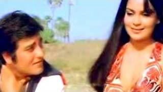 Hum Tumhe Chahte Hain - Vinod Khanna, Zeenat Aman, Qurbani Song, via YouTube.