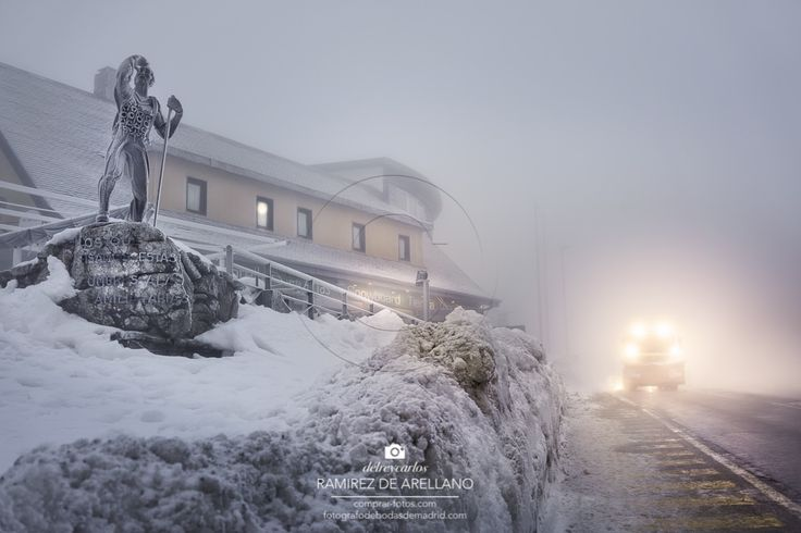 https://flic.kr/p/Eks5UZ | _DSC1734 Alto de Navacerrada 16,9 MB 7360 × 4912 | El alto de Navacerrada en Madrid con nieve y niebla una noche fría de invierno con la máquina quitanieves por la carretera. Monumento al senderista de Navacerrada con nieve. The top of Navacerrada in Madrid with snow and fog on a cold night in winter with snow plow down the road. Monument hikers with snow Navacerrada. Puedes comprar la foto aquí: You can buy a photo here: www.comprar-fotos.com…