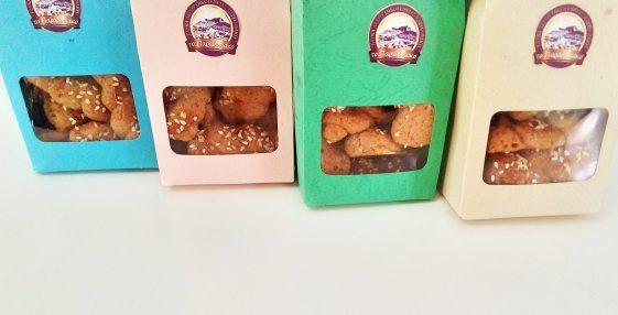 Cookies with Greek red wine & cinnamon