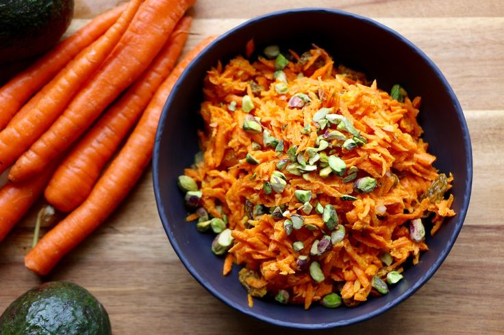 The perfect potluck dish! Need some meal inspiration for what to take to your next potluck dinner? Look no further. Curried Carrot Salad