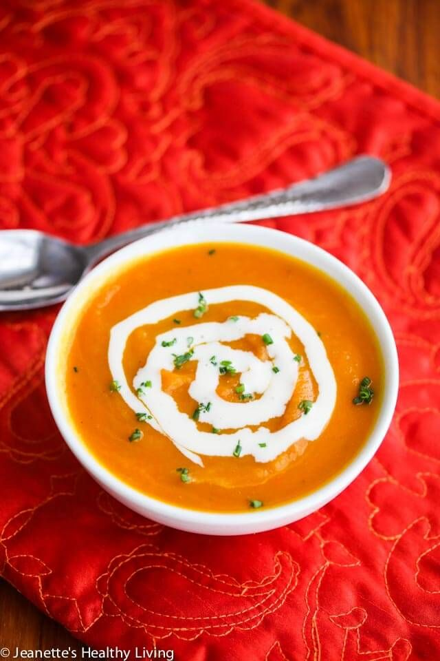 Roasted Butternut Squash Cider Soup Recipe - this sweet spiced butternut squash soup is perfect for Thanksgiving and the rest of the holiday season. Make this soup ahead of time and reheat in a slow cooker the day you want to serve it