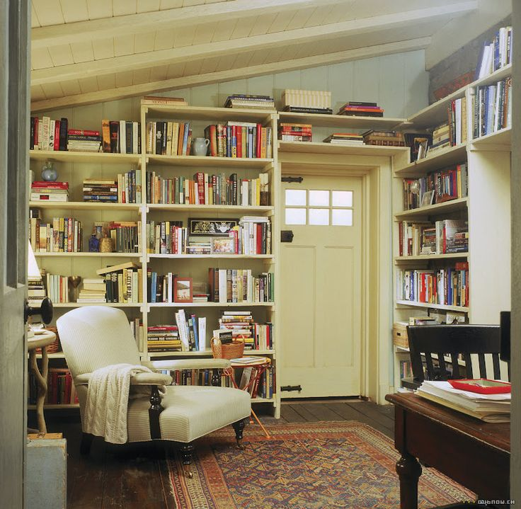 Library in Rosehill Cottage in the movie, The Holiday - would love a space like this