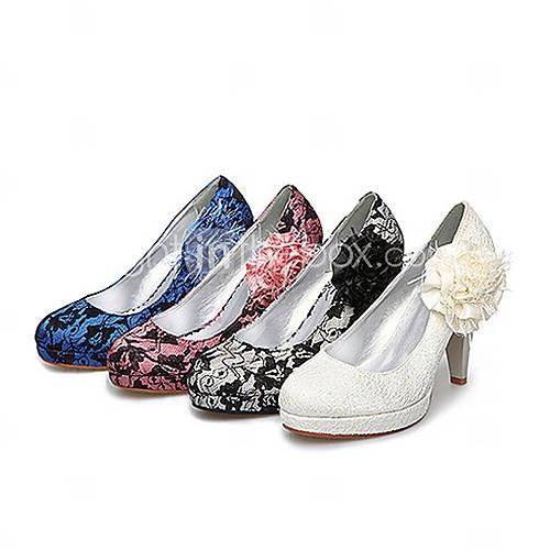 tecido / renda superiores volumosas bombas de salto com costura de renda / flor de cetim sapatos de noiva casamento
