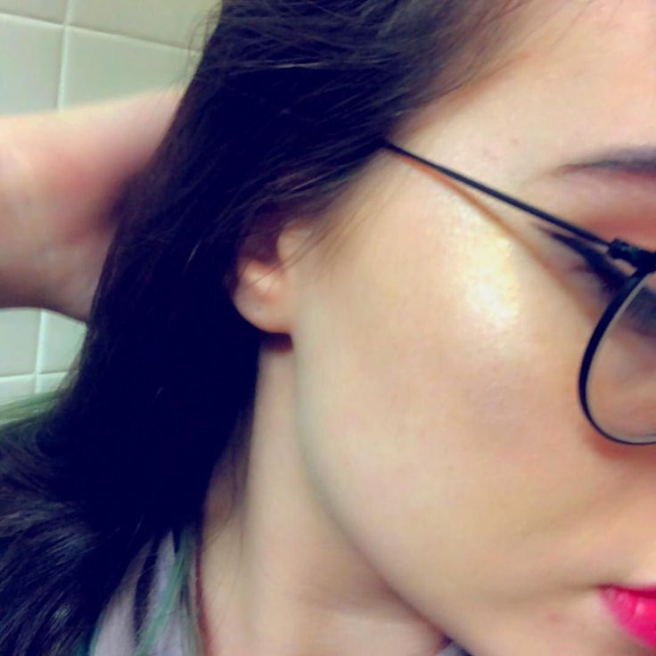 The wing and highlight  #makeup #highlight #fenty #rihanna #cosmetic #photography #model #cute #love #kpop #anime #Japan #trending #follow #likechallenge #like4like #thicc | Baca selengkapnya di website: liputanbaru.com