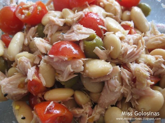 Bohnen-Tomaten-Salat mit Thunfisch: White Beans, Delicious Salades, Tomatoes Salad, Food, Weiss Bohnentomatensalat, Bohnen Tomaten Salat Mit, Bohnentomatensalat Mit, Mr. Beans, Mit Thunfisch