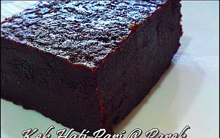 Kek Hati  Pari atau lebih dikenali kat Sarawak sebagai Hati Parek antara ke  tradisional Sarawak. Sebenarnya kek yang Tinta buat masa hari R...