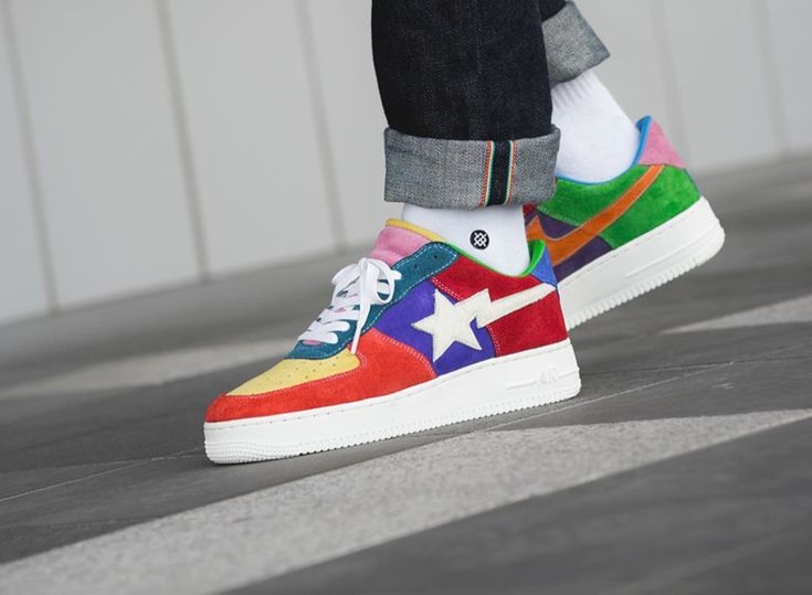 Nike Air Force 1 What the Swoosh | Baskets bape, Chaussures funky ...