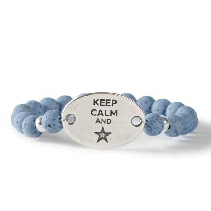 Keep calm and be a star! DIY Armband mit Polaris gala sweet und Metallanhänger mit zwei Ösen. Alle Materialien sind bei Glücksfieber erhältlich.