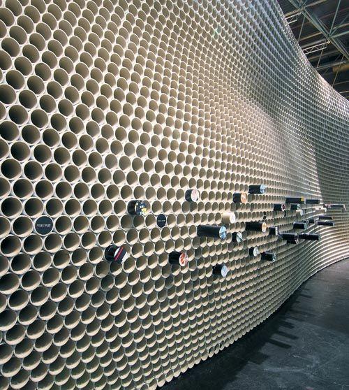 paramento expositivo con  tubo de carton o pvc