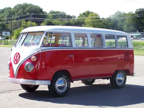 14 best volkswagen combi images on pinterest volkswagen cars and vw vans. Black Bedroom Furniture Sets. Home Design Ideas