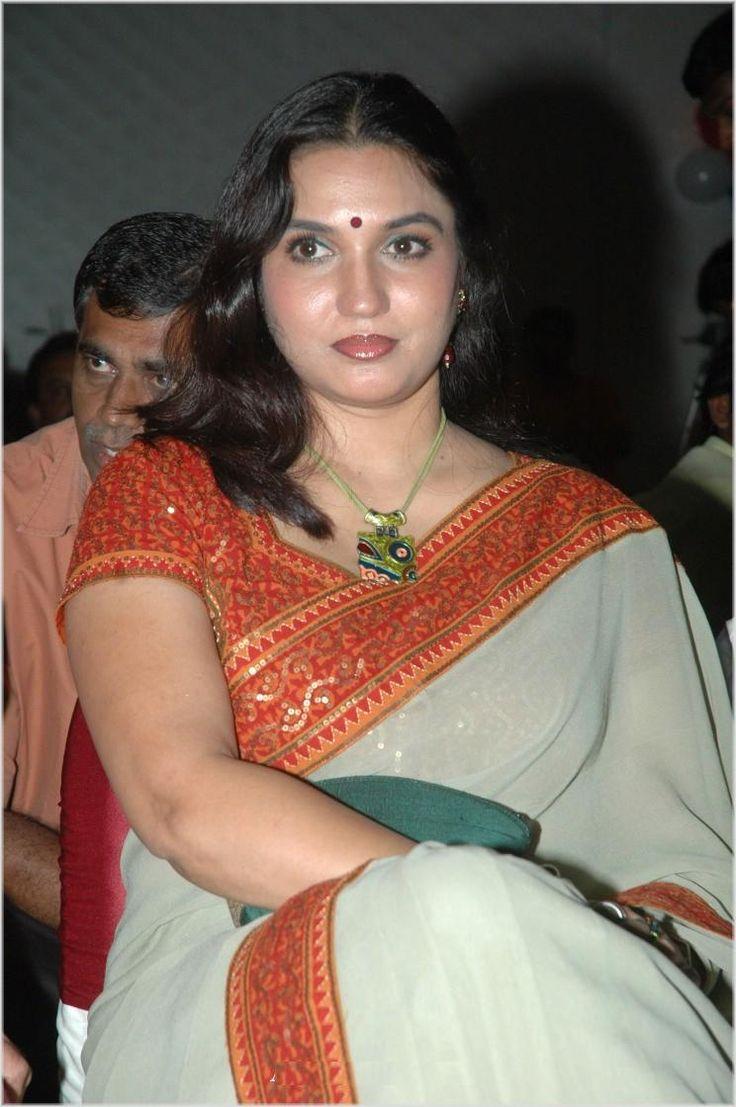 sukanya actress photos sukanya actress in saree sukanya actress ...