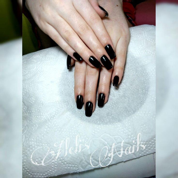I like my nails black..like my soul . muhahaha