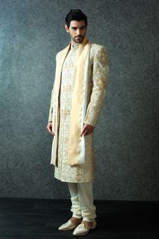 Heavy embroidered Sherwani embellished with pearl, zardosi and stone work from #Benzer #Benzerworld #Sherwani