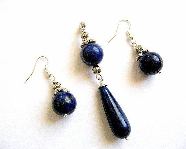Lapis lazulit set bijuterie cercei si pandantiv, culoare albastra - set bijuterie pietre semipretioase