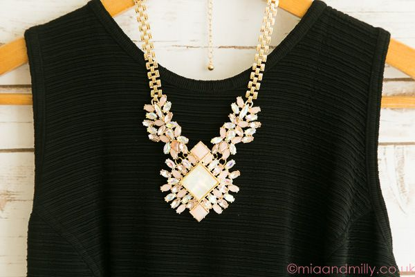 Towie style statement necklace
