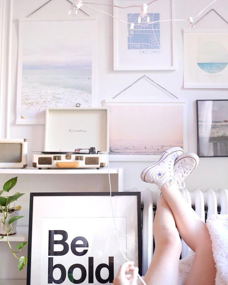 51 besten room bilder auf pinterest schlafzimmer ideen schlafzimmerdeko und wohnheim zimmer. Black Bedroom Furniture Sets. Home Design Ideas