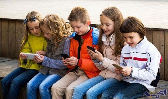 اضرار الموبايل على الاطفال شروط وقواعد مهمة Screen Time Kids Couple Photos