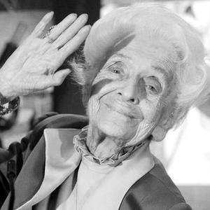 """Rita Levi Montalcini: """"Everyone says that the brain is the most complex organ of the human body, as a doctor I might even agree. But as a woman I can assure you that there is nothing more complex than the heart"""" Nobel Prize in Medicine"""