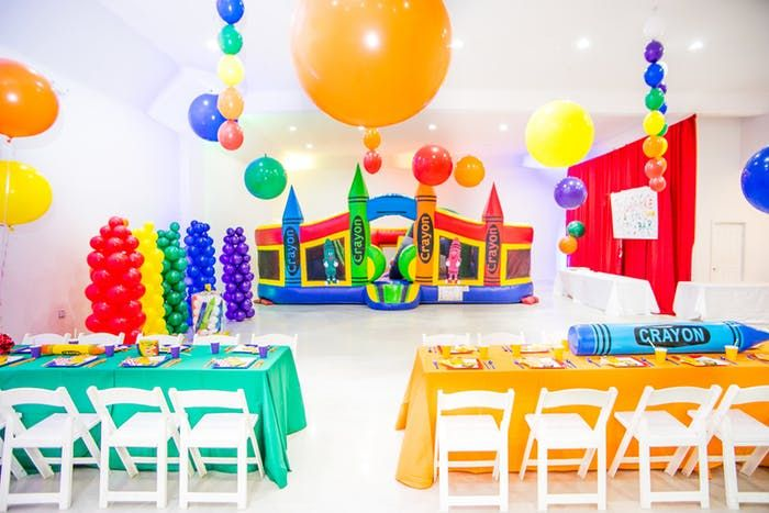 J Loft Colorful Crayon Themed Birthday Party Partyslate Crayola Birthday Party Crayon Birthday Parties 1st Birthday Parties