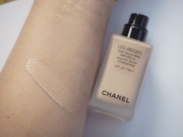 Chanel Les Beiges Healthy Glow Foundation / British Beauty Blogger