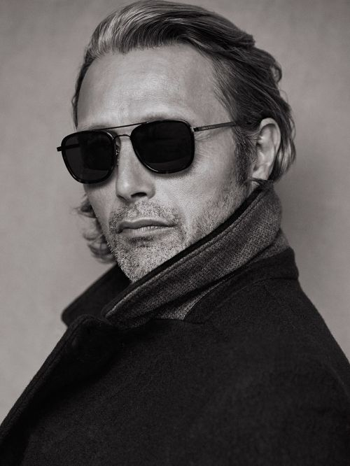 """Mads Mikkelsen, Mark O'Polo winter 2016 campaign. Breaking the """"plaids""""rule again..."""