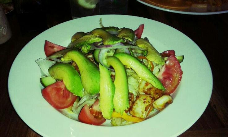 Calamari salad with avo