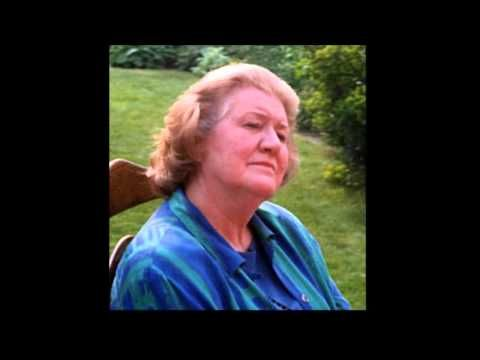 Miss Fozzard finds her Feet (Radioplay) by Alan Bennet with Patricia Routledge - YouTube