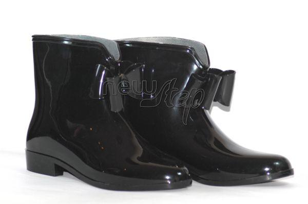 Cizme Black Bow - 49 lei Modelul aici: http://www.newstep.ro/Cizme_Ghete/Cizme_Black_Bow