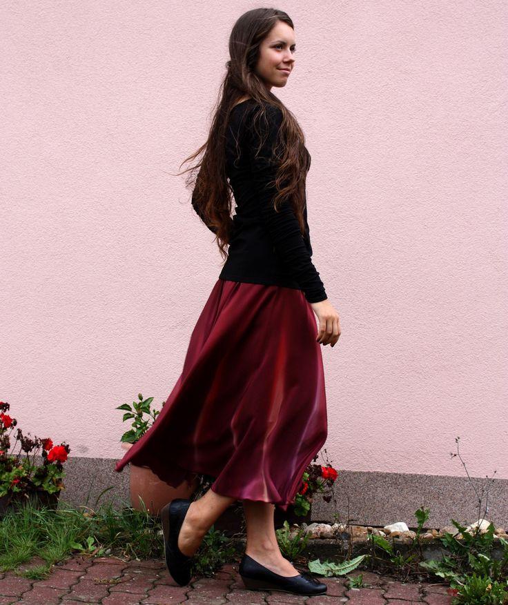 Hedvábná sukně- zralé víno