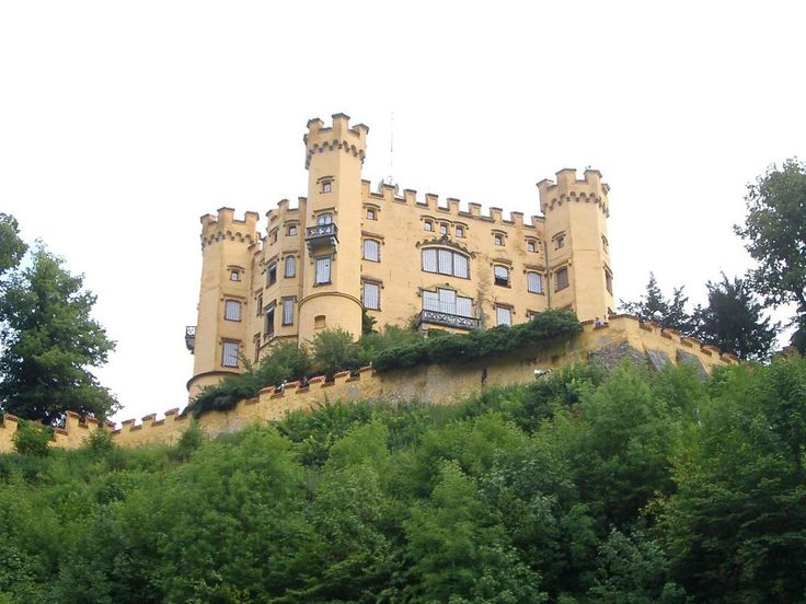 Charming hotel in Bavaria with view to Neuschwanstein castle on the Romantic Road, Germany - Hotel Rübezahl