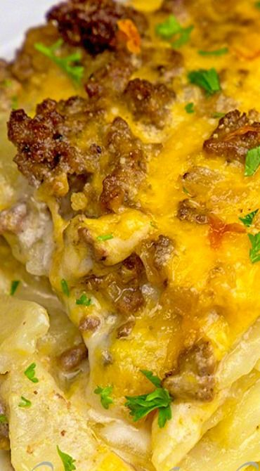 Cheesy Beef & Potatoes Casserole ~ Always a family favorite