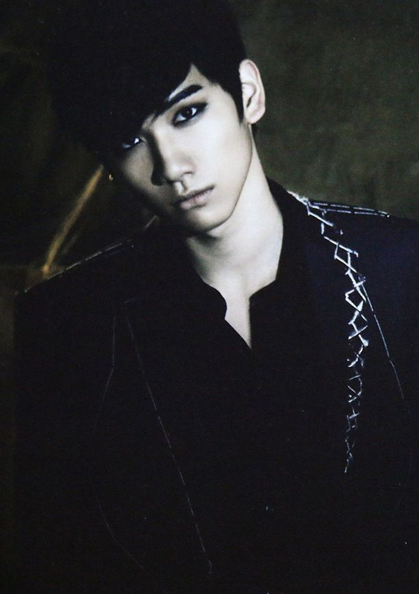 Hyuk VIXX // Voodoo Doll Album | VIXX | Pinterest | Posts ...