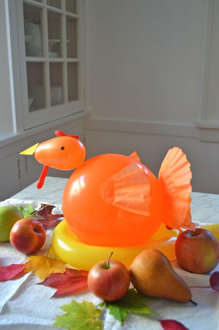 Easy balloon turkey centerpiece your kids will love kid