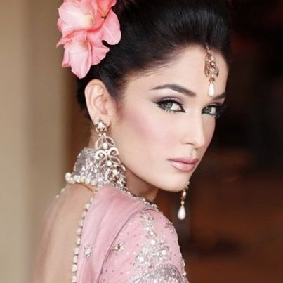 Complete Guide On Indian Bridal Makeup Tips Tricks Lots More