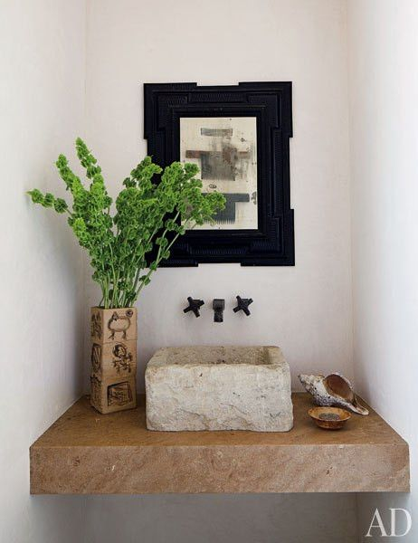 Pilas antiguas y lavabos de piedra recuperados. Solo en Anticuable.com