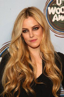 Elvis's granddaughter, Riley Keough,  a beauty.