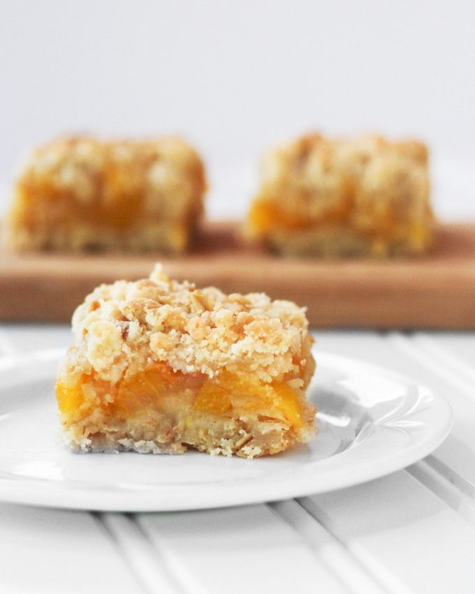 From Calculu∫ to Cupcake∫ | Peach Cobbler Bars | http://www.fromcalculustocupcakes.com