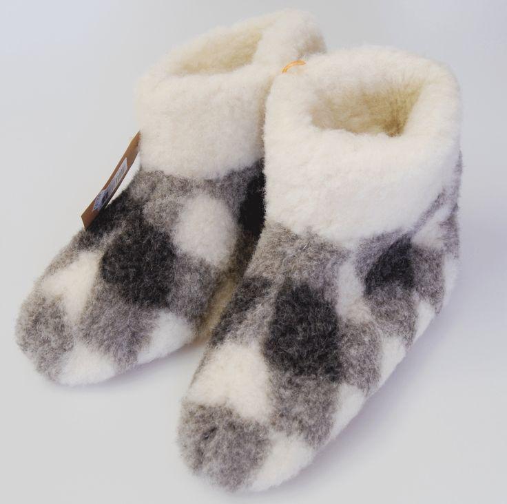 Schapenwollen pantoffels grijs witte ruit