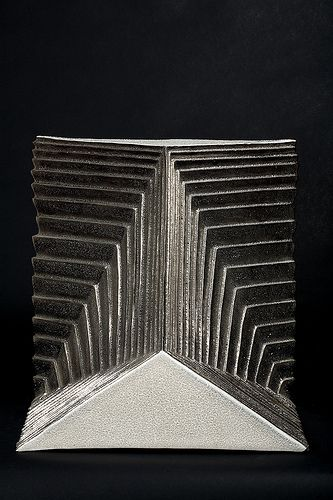 Carlo Zauli  figura geometrica, 1972