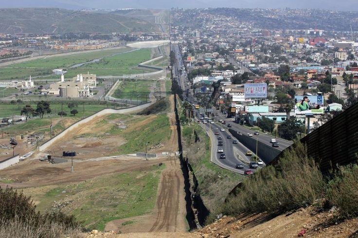 02/02/'17 De Tortilla Curtain... Trump wilt een grote muur bouwen tegen de grens van Mexico. En hun daarvoor laten betalen.