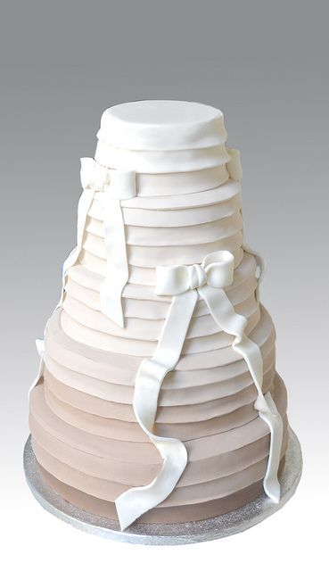 Ombre Wedding Cake by Gellyscakes, via Flickr