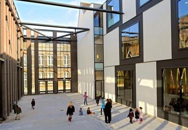 BOA onderwijshuisvesting heeft projecten in het voortgezet onderwijs, primair onderwijs en wetenschappelijk onderwijs.