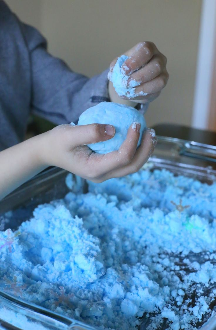 Créez de la neige dans le confort de votre cuisine avec les enfants!