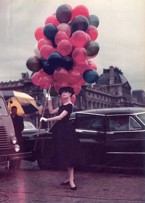 Costume by Edith Head. Audrey Hepburn | Funny Face (1957) #balloons