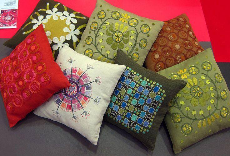Många fina mönster från Handarbetets Vänners Edna Martin. (Foto Kurbits) Jag säger som Kurbits: satsa, HV, satsa!