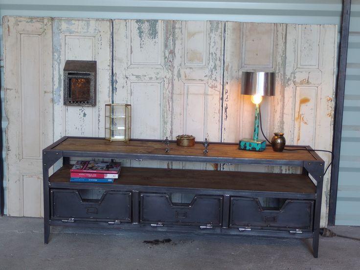 1000 id er om meuble de style p pinterest meuble de for Garde meuble en anglais