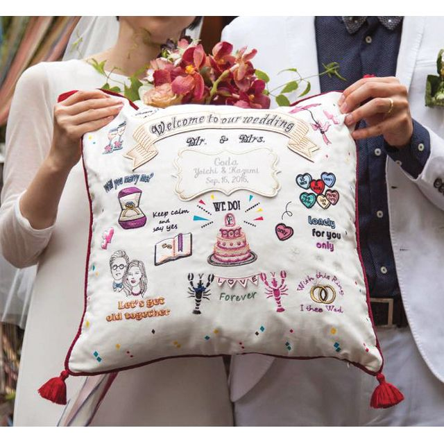 "Embroidery Welcome cushion ""LOVE&CHIC"" by Emby ウェルカムボード ウェルカムクッション Welcome Board"