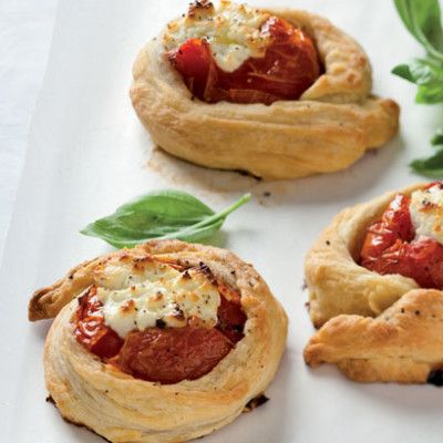 Taste Mag | Freefold tomato-and-goats cheese tarts @ http://taste.co.za/recipes/freefold-tomato-and-goats-cheese-tarts/